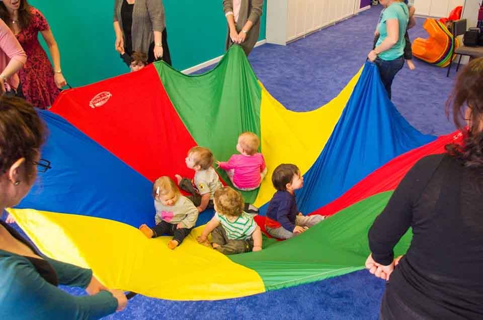 babies parachute 2