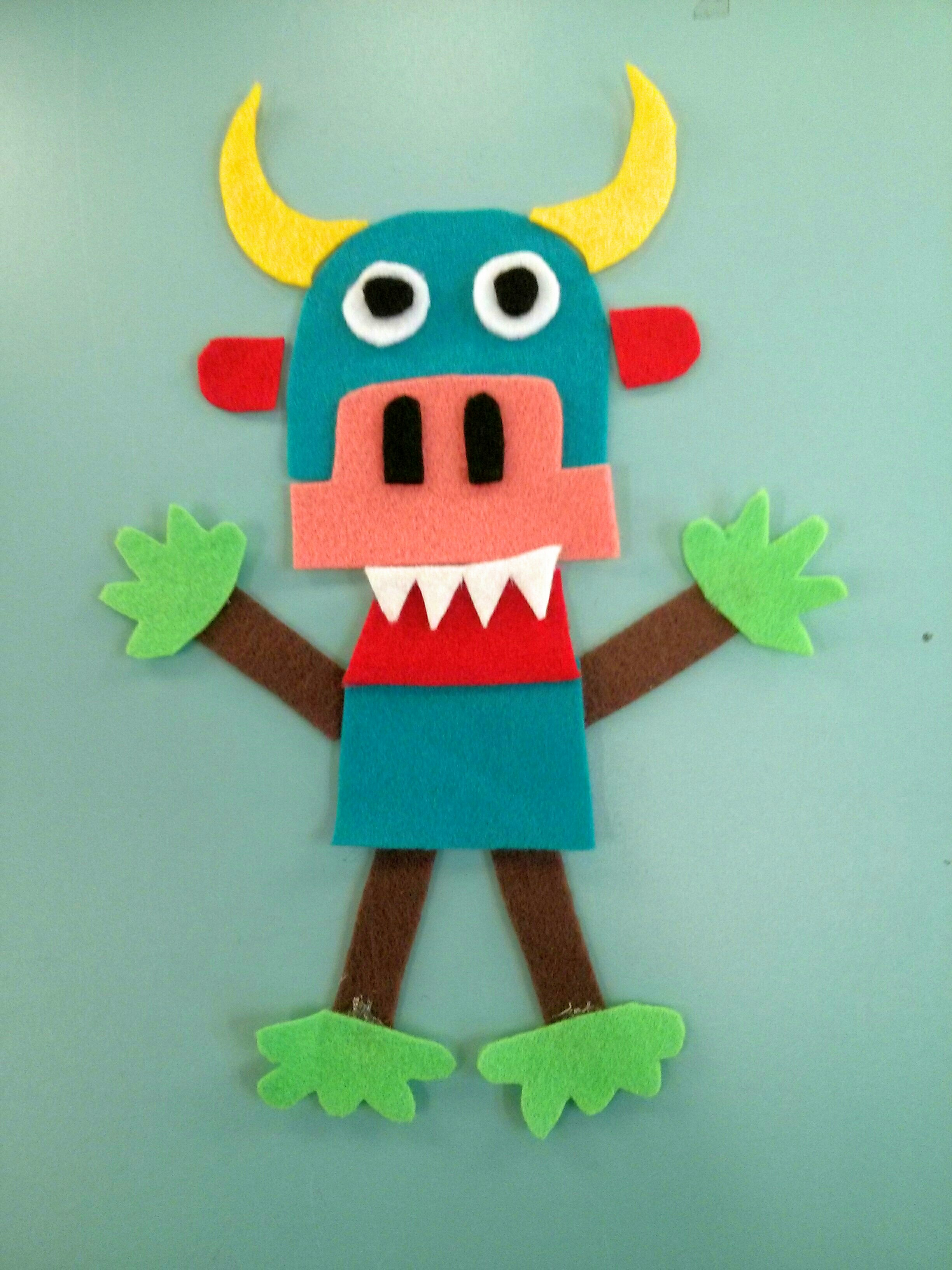 Transform A Monster Into Friendly Neighbourhood Scene In This Interactive Felt Story We Shared One On Flannel Friday And The Early Literacy Messages